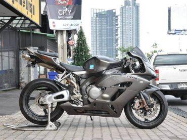 HONDA CBR1000RR 2004 | รับซื้อ-ขาย Bigbike มือสองทุกรุ่น สภาพดี ไม่มีอุบัติเหตุ